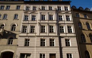 Fassade-Holzstraße-München-Malerbetrieb-Schume-01